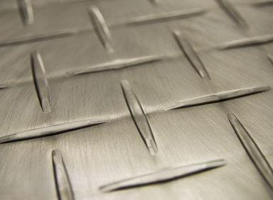 RaceDeck Diamond, diamond plate flooring
