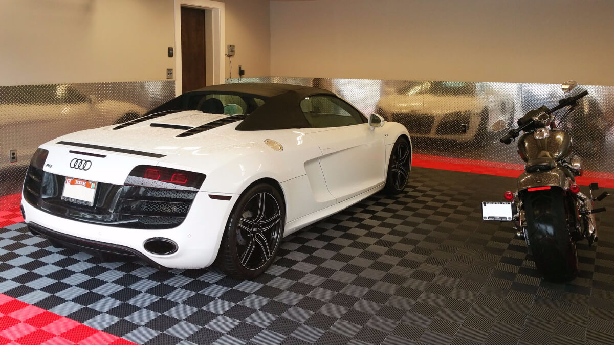 Free-Flow garage flooring with an Audi R8 and a custom motorcycle