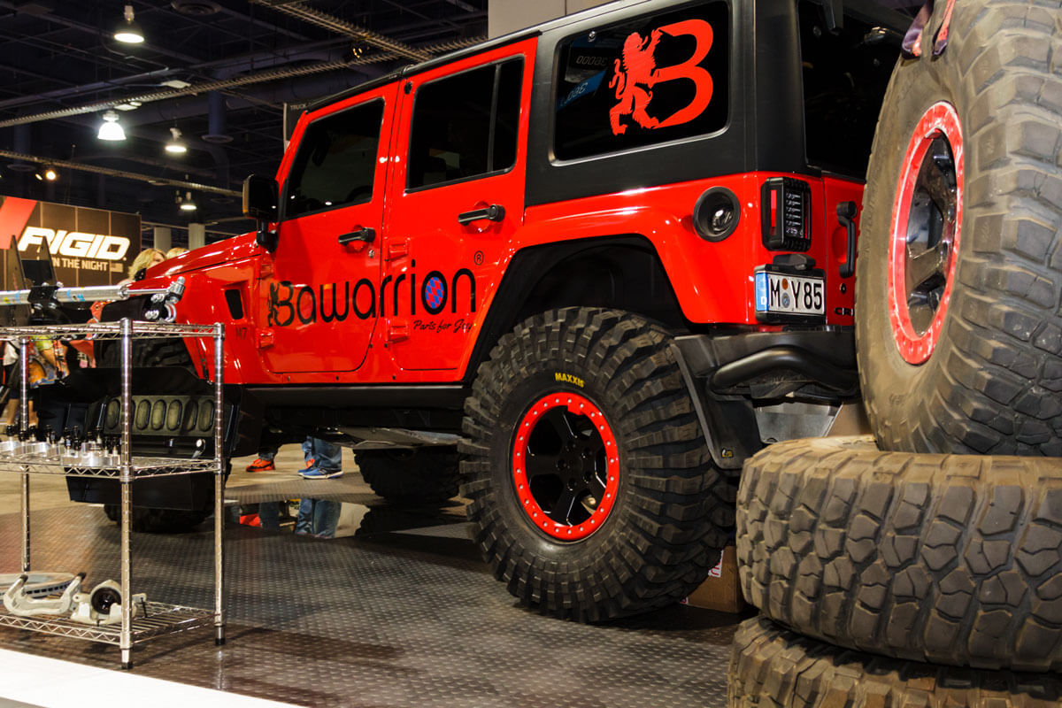 Bawarrion SEMA display on CircleTrac®