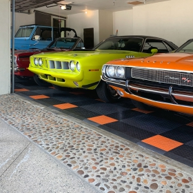 A classic car collection on CircleTrac