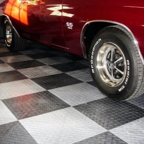 Chevrolet Chevelle SS 454 on RaceDeck XL