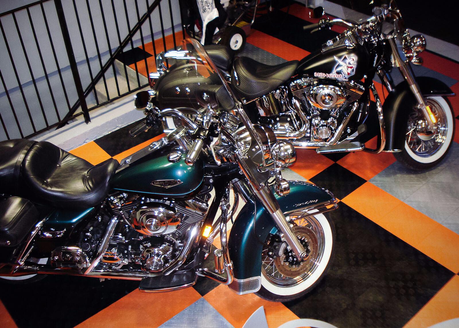 Harley color carpet tiles - Harley Davidson In Use