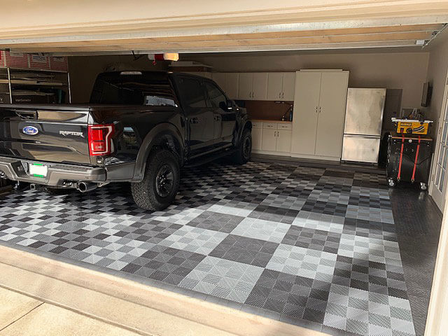 Free-Flow and RaceDeck Diamond garage with Ford Raptor