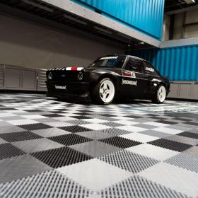 Hoonigan MK2 RS on Free-Flow XLC