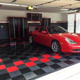 Red Porsche on RaceDeck Diamond garage floor