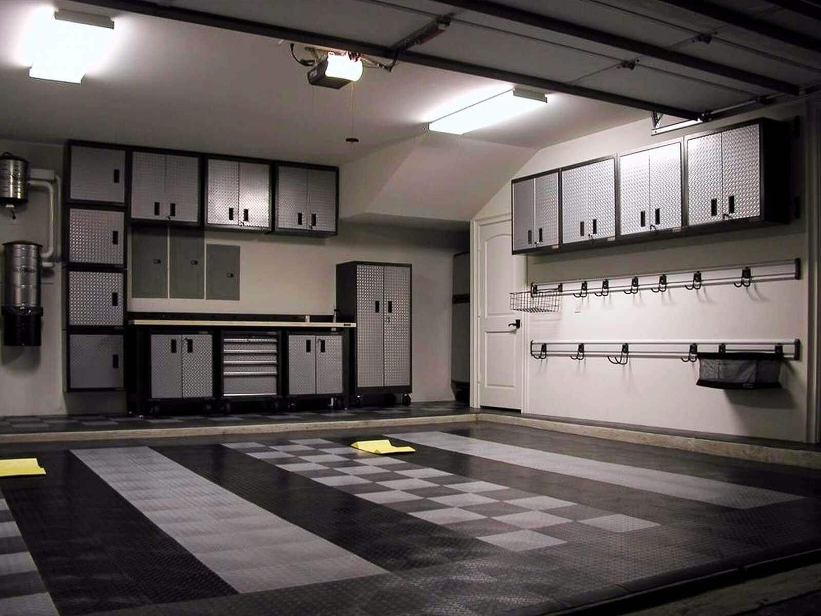 RaceDeck Diamond in black, graphite and alloy complements this monochrome garage.