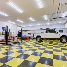 Diamond TuffShield garage flooring