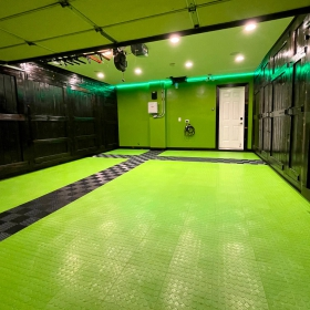 CircleTrac Sublime and Free-Flow Black green garage