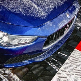 Self-draining Free-Flow in action with a snowy Maserati