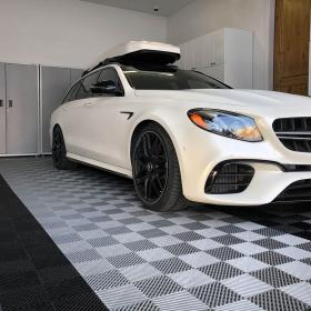 Mercedes-Benz AMG estate wagon on Free-Flow garage flooring tiles