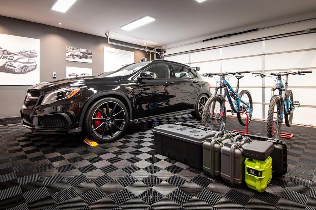 Mercedes and bikes on Free-Flow garage tiles