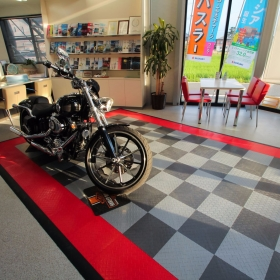 RaceDeck Diamond Motorcycle display pad in Japan