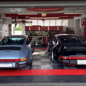 2 Porsches in a RaceDeck Diamond garage