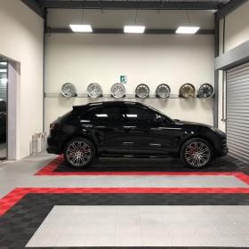 RaceDeck Diamond and self-draining Free-Flow garage