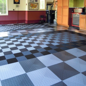 Free-Flow and RaceDeck Diamond flooring in graphite and alloy.