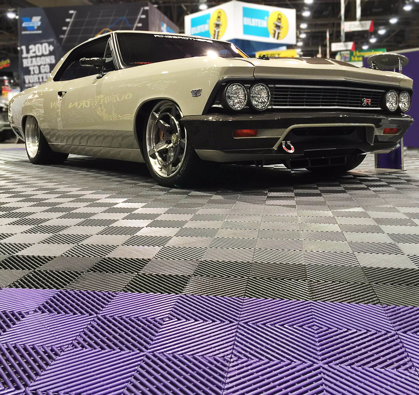 Auto show with Free-Flow flooring, Sema