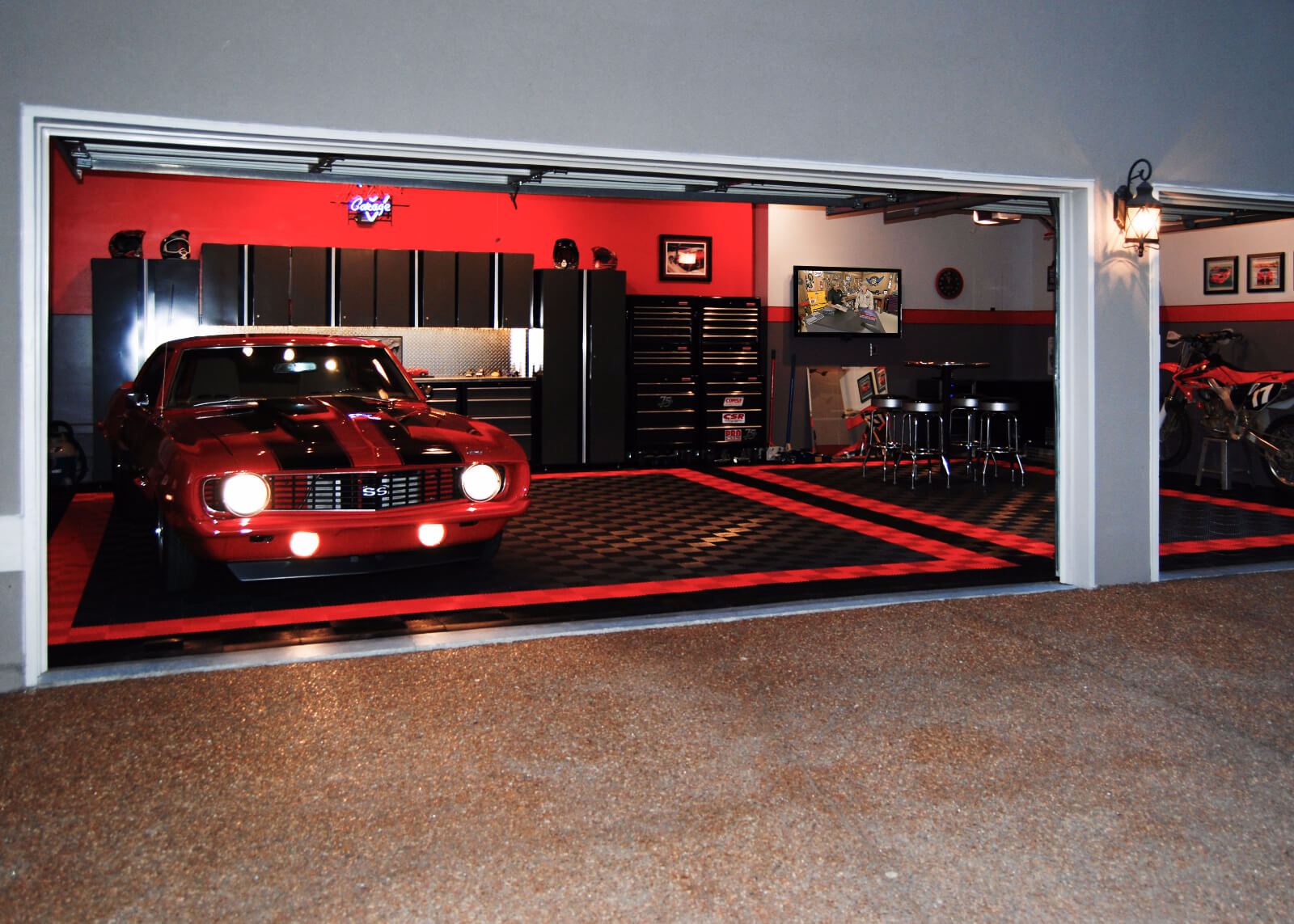 Garage gallery racedeck for Car garage