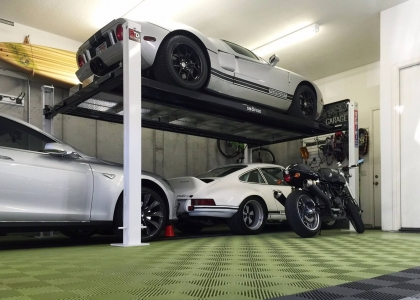 Ford GT, Porsche, BMW, Ducati garage