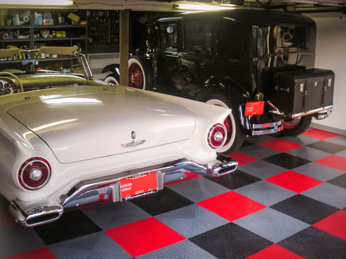 Ford Thunderbird on RaceDeck XL