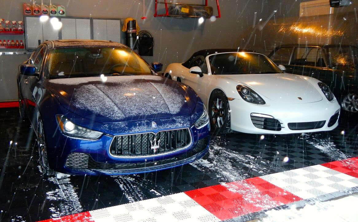 Free-Flow with Maserati and Porsche in snow