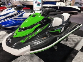 Yamaha WaveRunner display with Free-Flow black and white