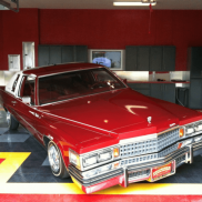 Cadillac Low Rider on RaceDeck Diamond in black, graphite, yellow and red.
