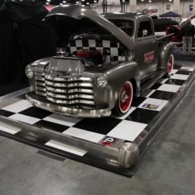 Speed Garage car checkered display