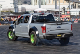 Ford F150 burning rubber