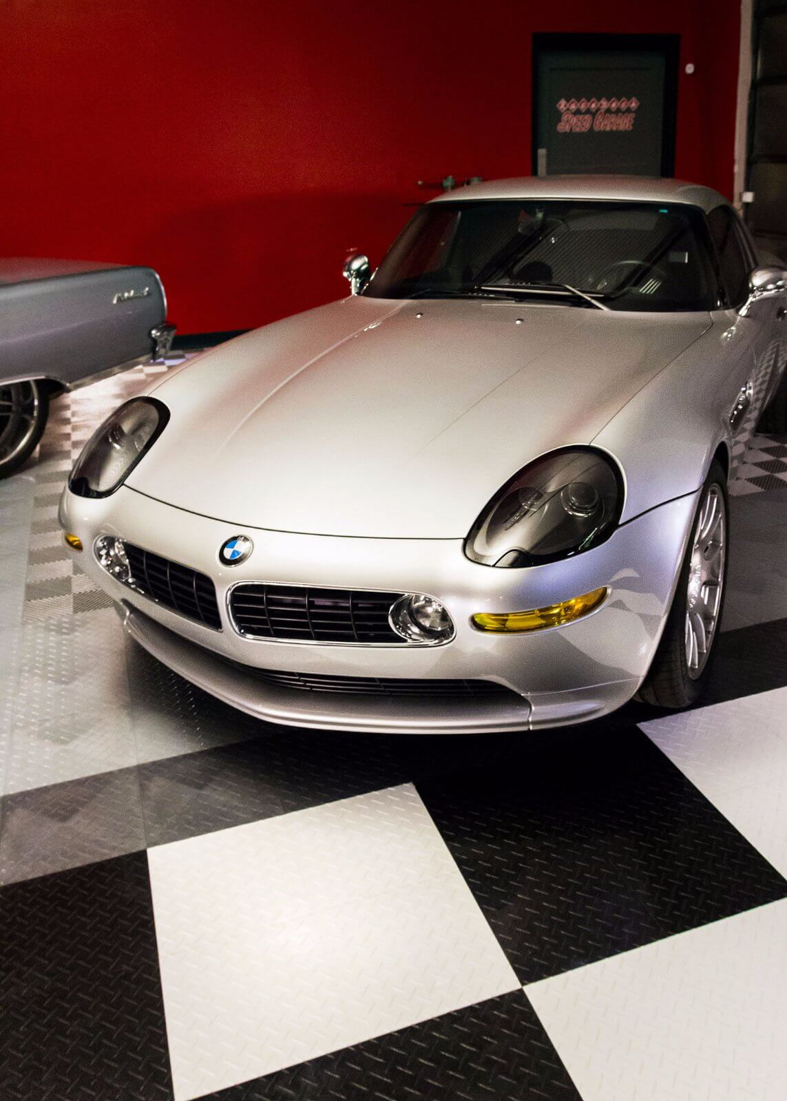 BMW in the RaceDeck Speed Garage
