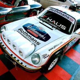 Rothmans Racing Porsche on display on RaceDeck Diamond garage tiles.