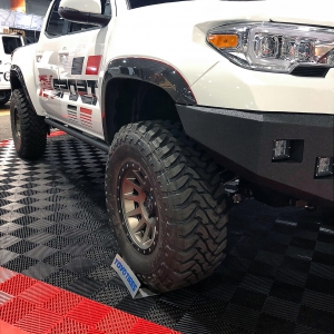 RK Sport off-road vehicle display with Free-Flow