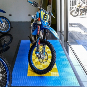 RaceDeck Diamond and Free-Flow motorcycle pad retail display