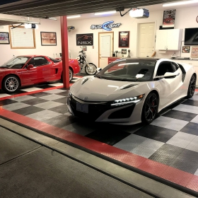 RaceDeck Diamond garage with Acura NSX and Corvette