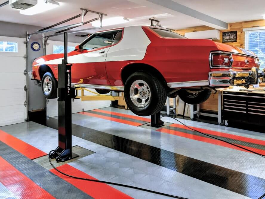 Don Messinger - 1975 Ford Torino on portable car lift