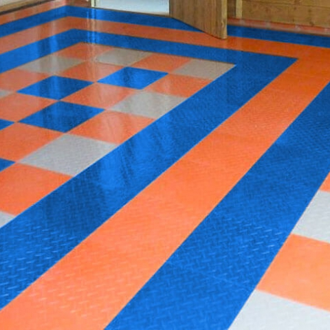 Blue-Orange-alloy Garage