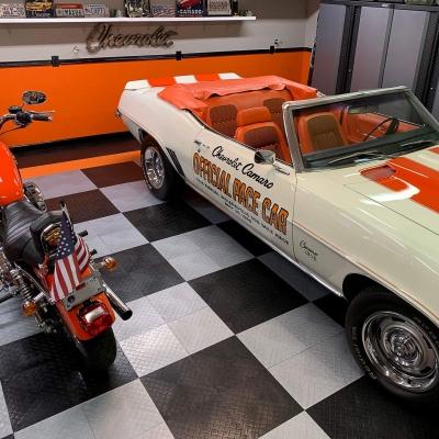 James Martin's RaceDeck Diamond garage