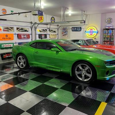 Ron Schaepkens Diamond TuffShield Garage